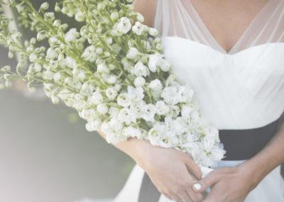 A woman in a wedding dress - Wedding invitation